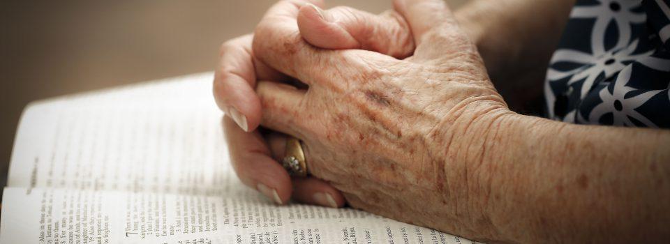 65772_Praying_hands
